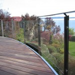 STAINLESS STEEL HANDRAIL WITH GLASS3